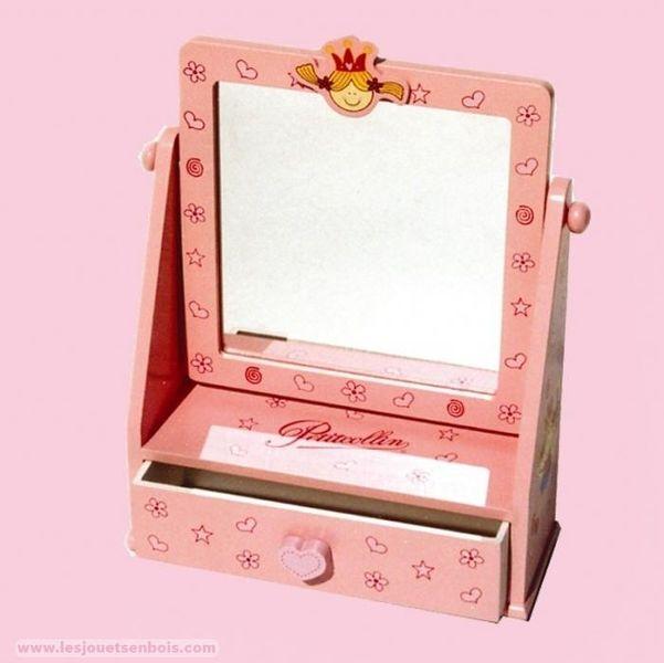 coiffeuse princesse vendu par les jouets en bois 3530058. Black Bedroom Furniture Sets. Home Design Ideas