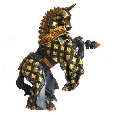 Cheval Du maître des armes cimier taureau