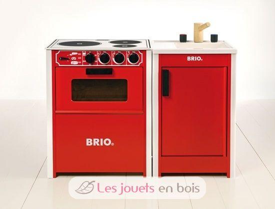 cuisini re en bois rouge brio une jolie cuisine en bois brio. Black Bedroom Furniture Sets. Home Design Ideas