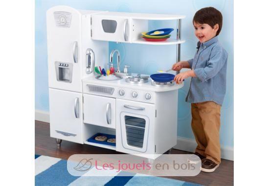 kidkraft cuisine retro blanche en bois pour petite fille et petit gar on kidkraft. Black Bedroom Furniture Sets. Home Design Ideas
