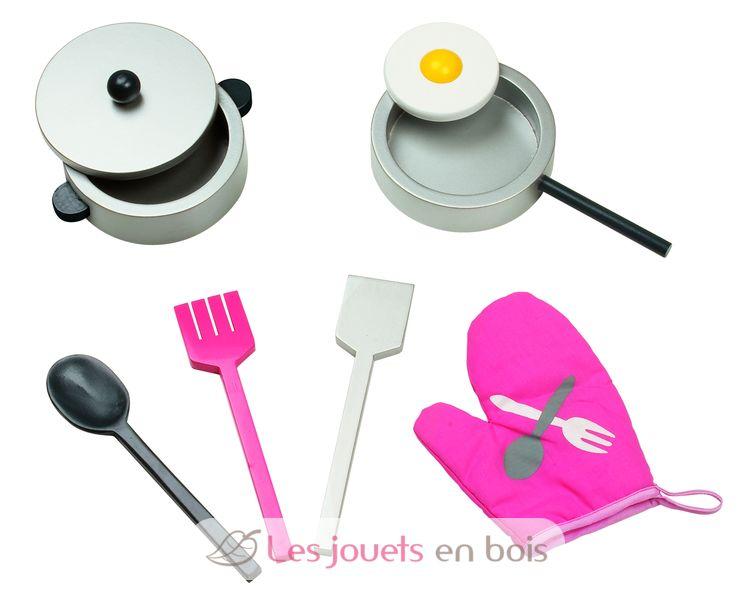maxi cuisine mademoiselle janod 6533 cuisine en bois pour enfant. Black Bedroom Furniture Sets. Home Design Ideas