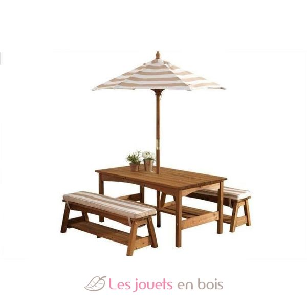 table et banc de jardin avec coussins et parasol pour. Black Bedroom Furniture Sets. Home Design Ideas